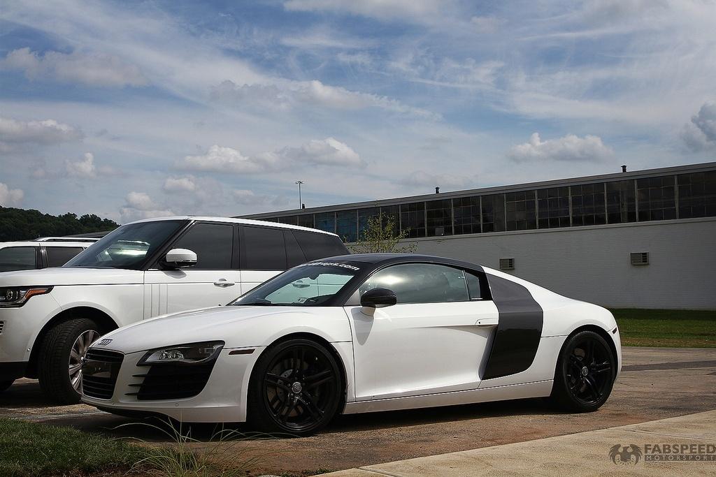 White Audi R8 Side