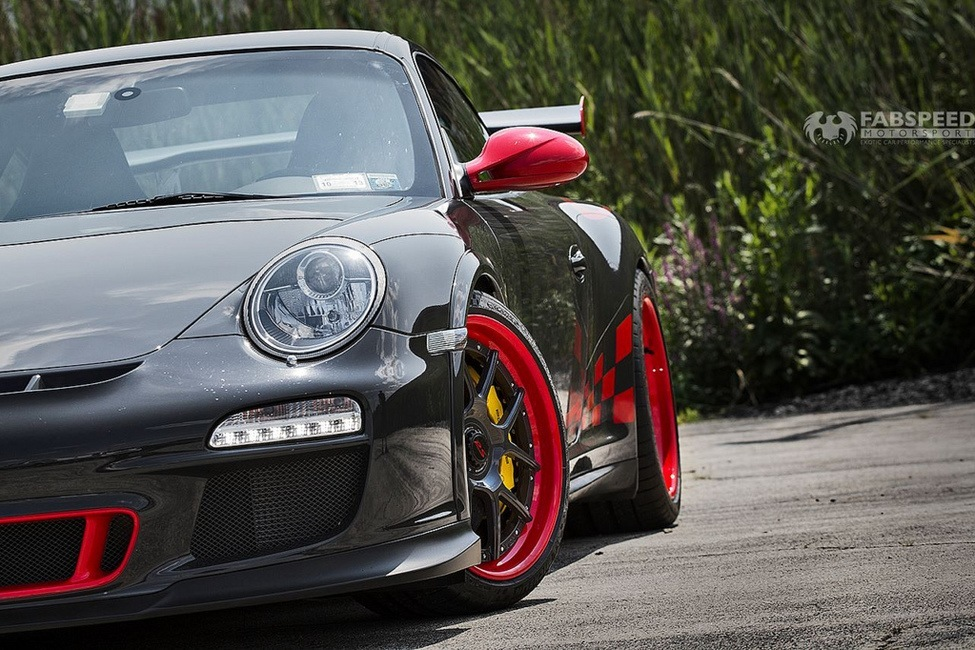 Porsche 997.2 GT3RS Front Angle